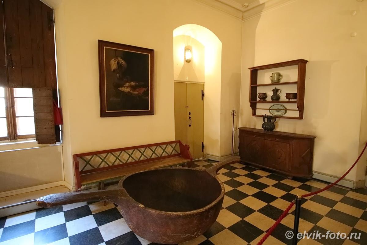 menshikov palace 17