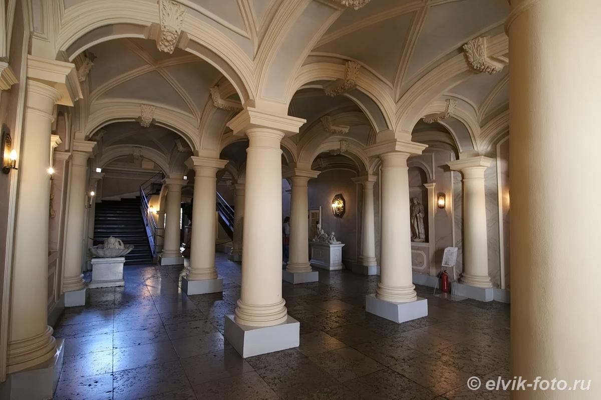 menshikov palace 27