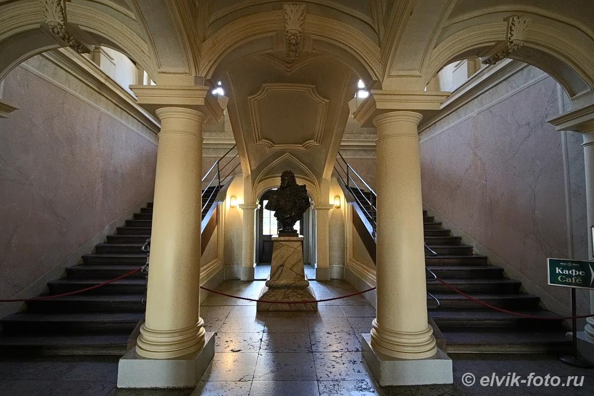 menshikov palace 28