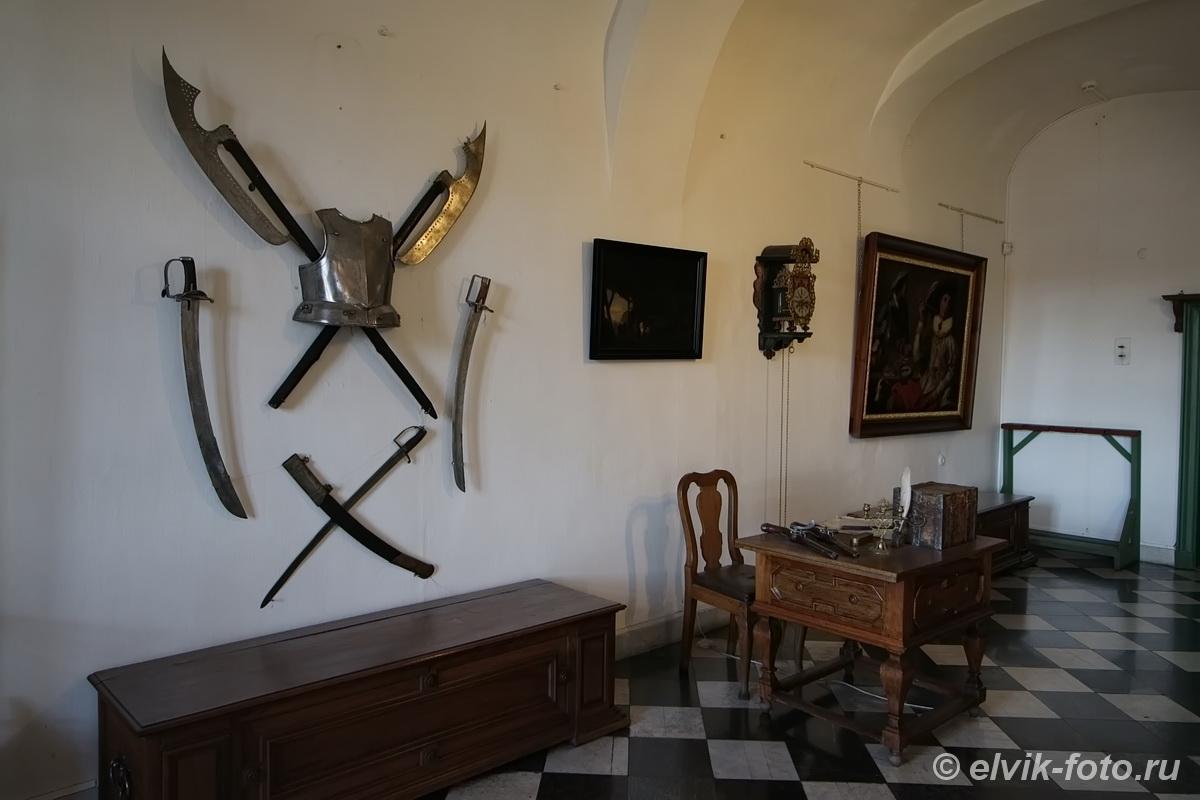 menshikov palace 30