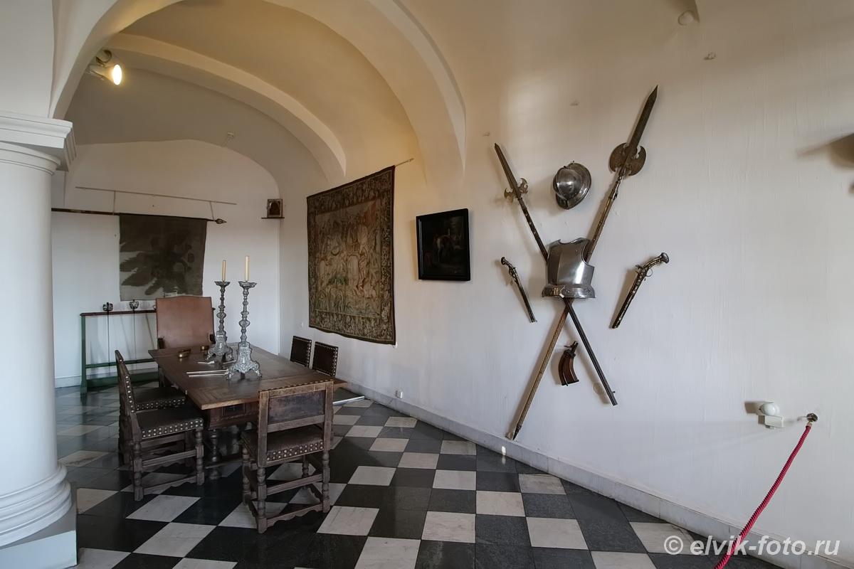 menshikov palace 31