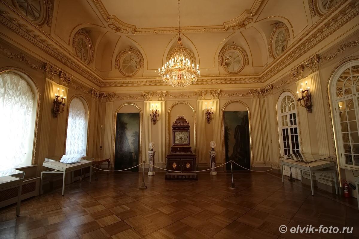 menshikov palace 40