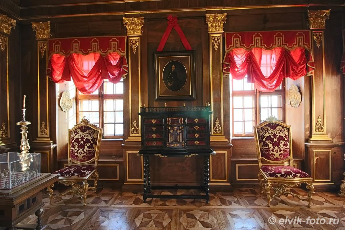 menshikov palace 46
