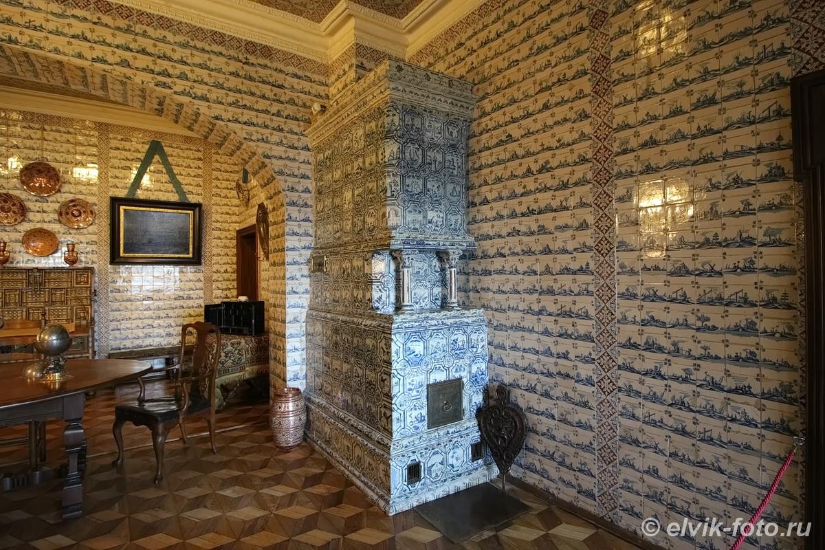 menshikov palace 56