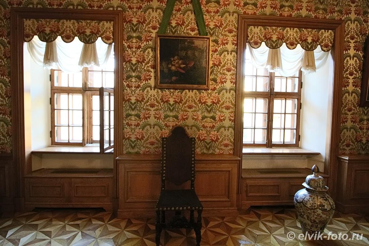 menshikov palace 64