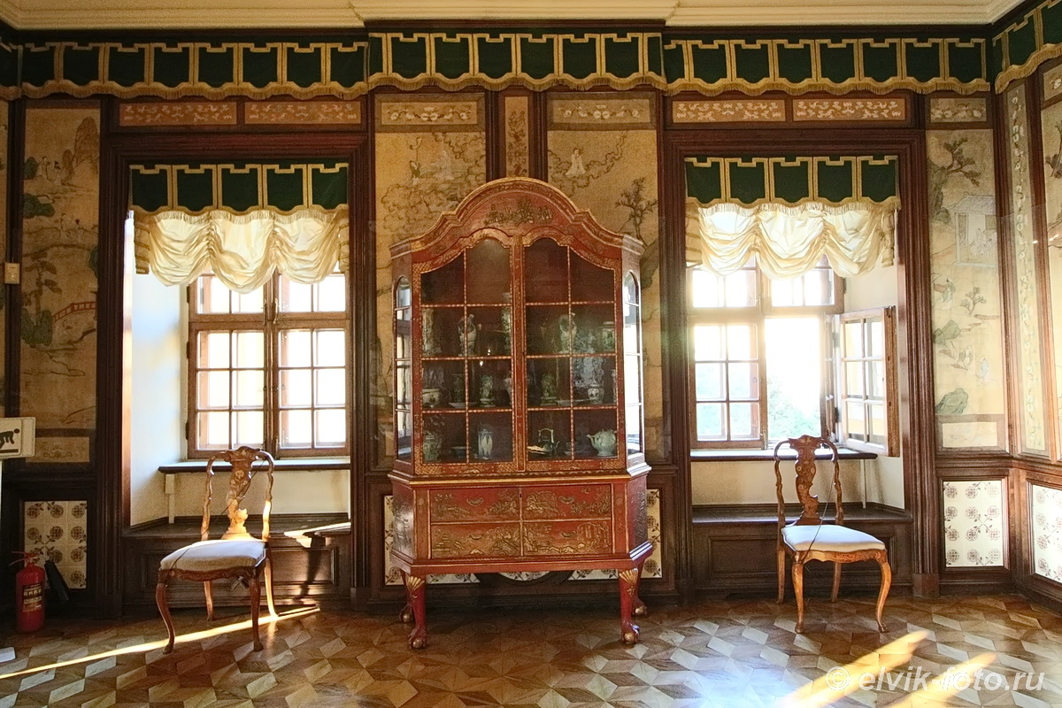 menshikov palace 67