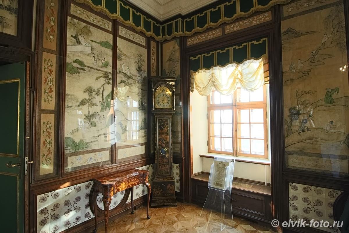 menshikov palace 69