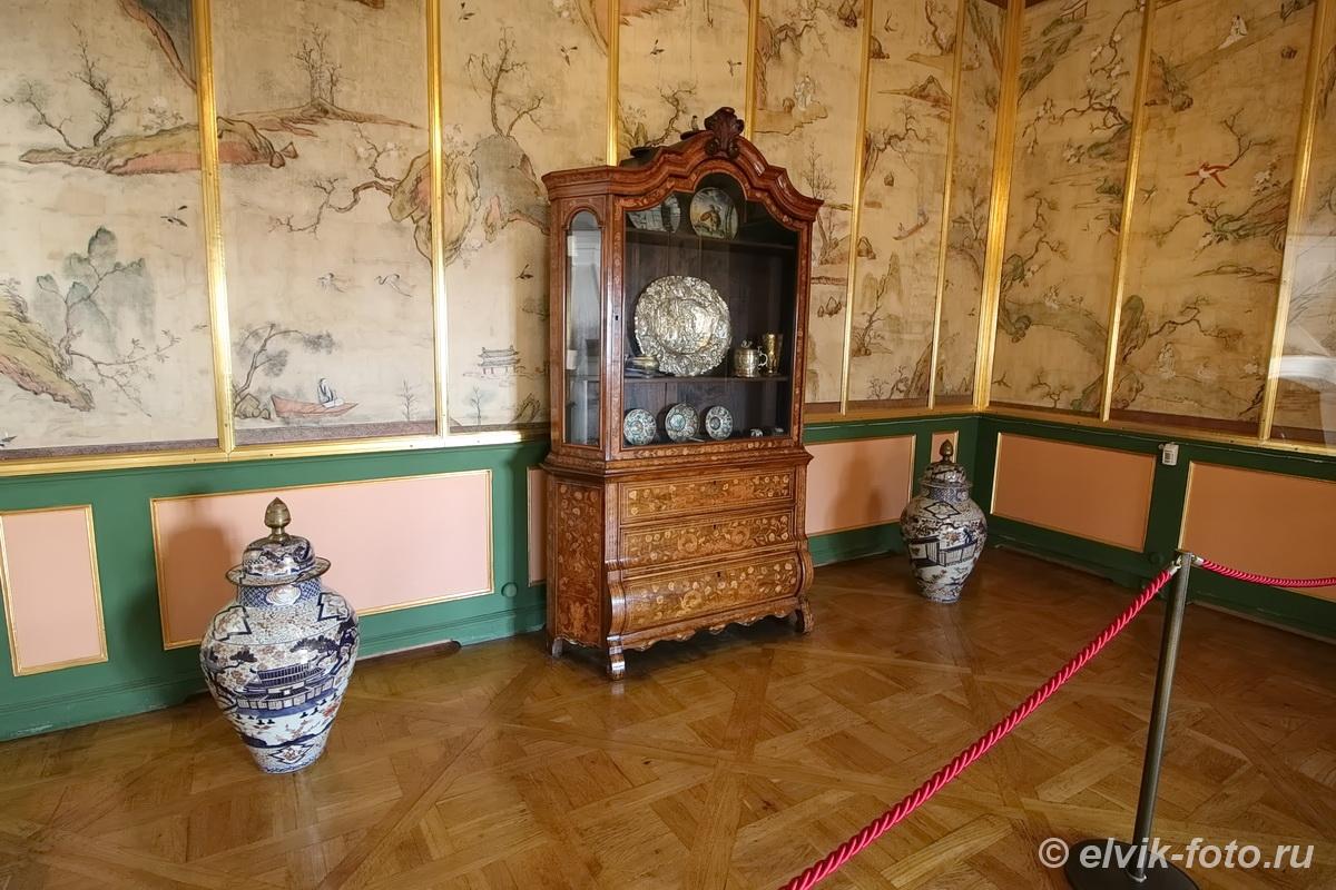 menshikov palace 71