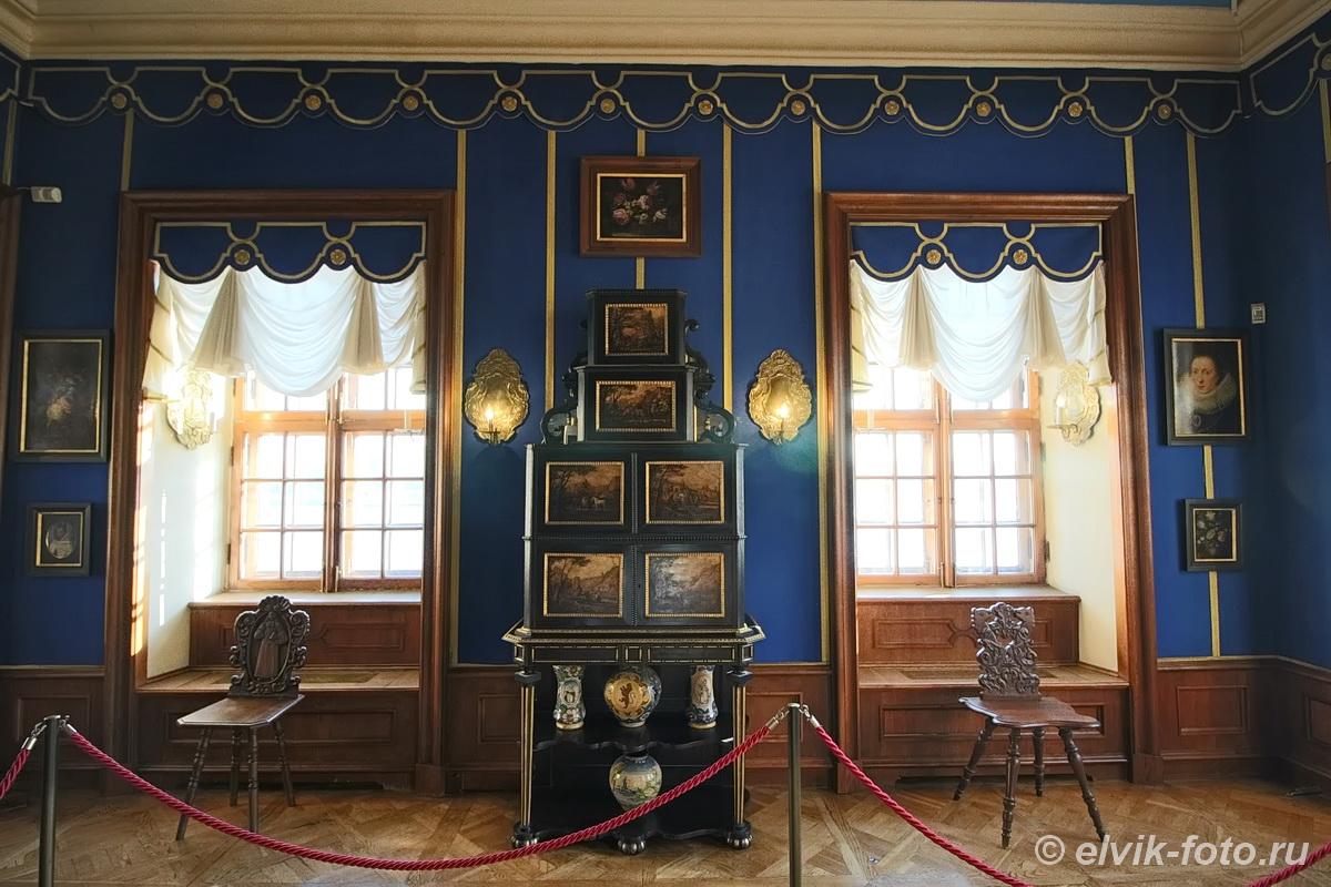 menshikov palace 75