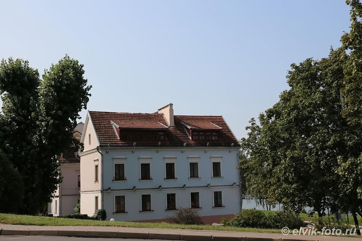 Минск 8