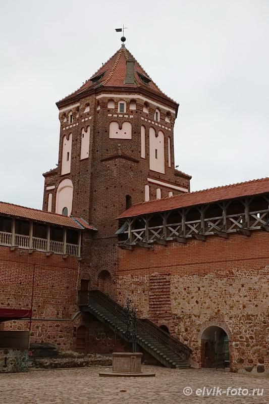Мирский замок 1